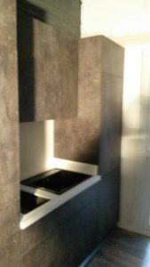 Πάγκος κουζίνας από υλικό corian - έπιπλο σε απομίμηση τσιμέντου -02