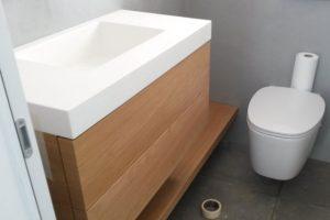 Επιπλα σπιτιού: επιπλο μπάνιου με κοριαν νεροχύτη