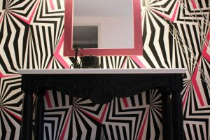 Επιπλο σπιτιού: Σκαλιστή κονσόλα με πάγκο κόριαν και καθρεύτη