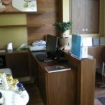 Επιπλο γραφείο ρεσεψιον σε ινστιτούτο αισθητικής
