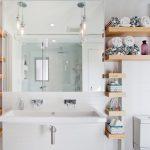 Ξύλινα ραφάκια μπάνιου