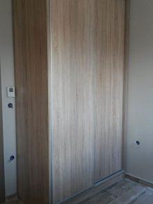 Κατασκευή δίφυλλης συρόμενης ντουλάπας