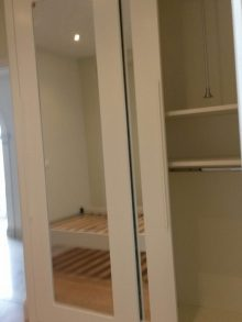 Κατασκευή συρόμενης δίφυλλης ντουλάπας με καθρέπτη